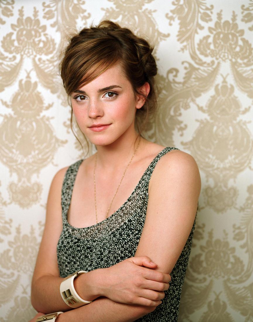 Emma Watson  Bravo Magazine Photoshoot 2007  4 Emma Watson-9448