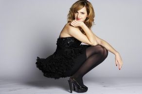 Emma Watson - Daily Mail Uk Photoshoot (2009)