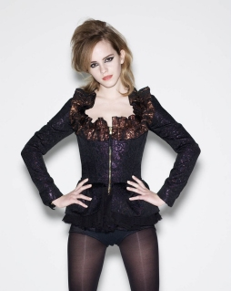 Emma Watson – Elle UK Magazine Photoshoot (2009)