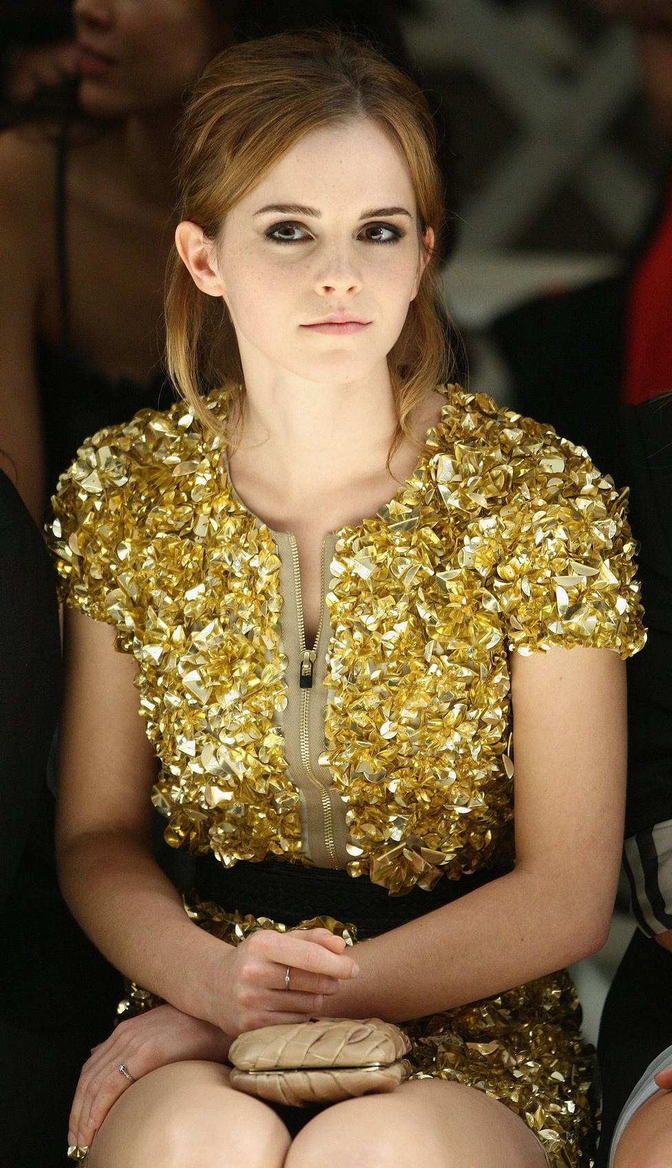 Emma Watson at Burberry Prorsum Spring-Summer 2010 Show - Sept-2009